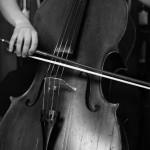 cello streichend